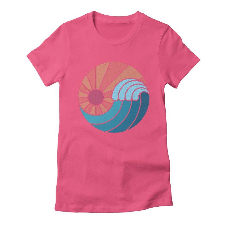Sun & Sea Women's T-Shirt by thepapercrane's shop