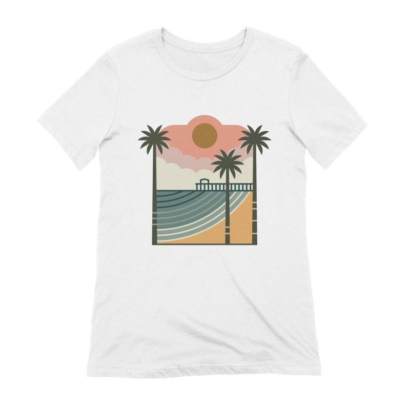 The Pier Women's Extra Soft T-Shirt by thepapercrane's shop