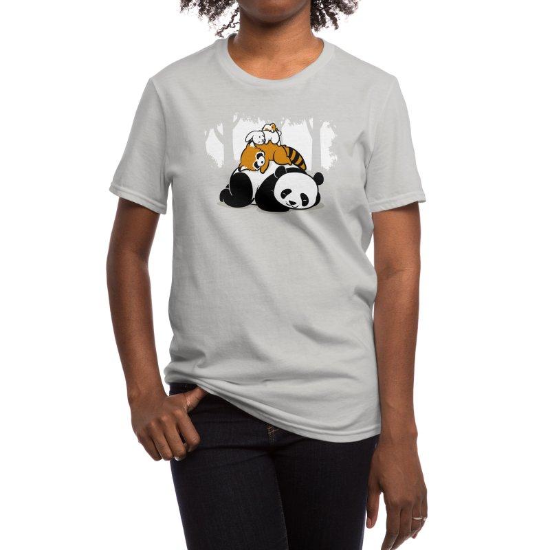 Comfy Bed Women's T-Shirt by Threadless Artist Shop