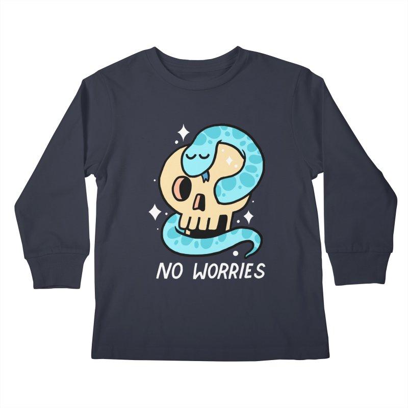 NO WORRIES Kids Longsleeve T-Shirt by GOOD AND NICE SHIRTS