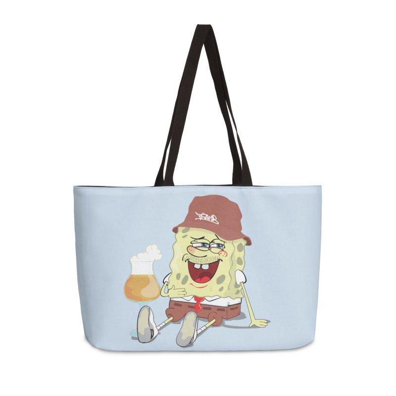Sponge Beer in Weekender Bag by Tramb