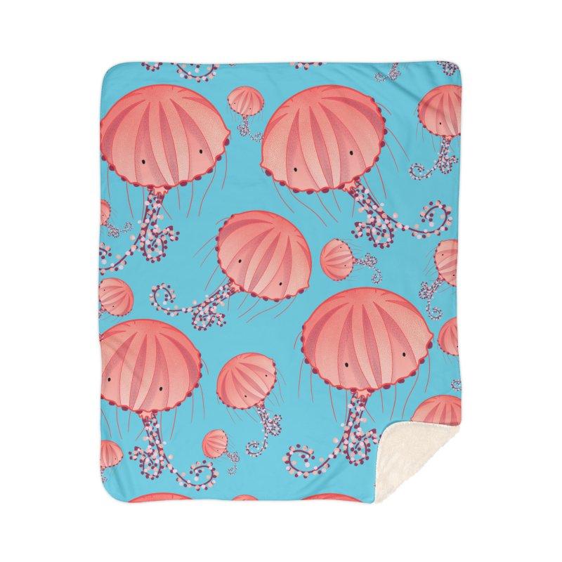 Chrysaora Hysoscella | Jellyfishes of the Mediterranean Sea Home Blanket by Tostoini