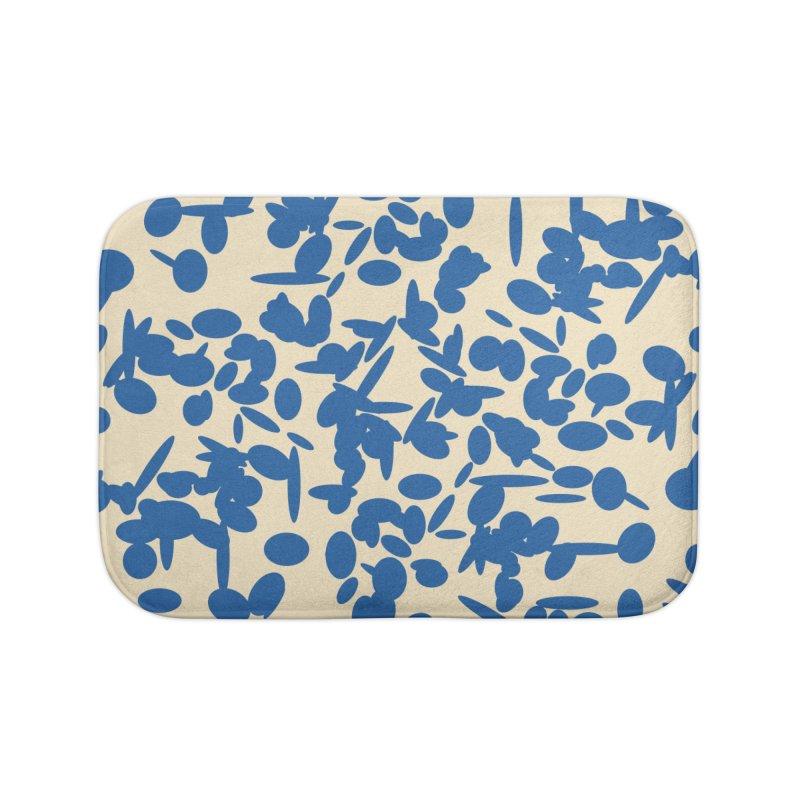 Koraljni (Blue/Almond) Home Bath Mat by trebam
