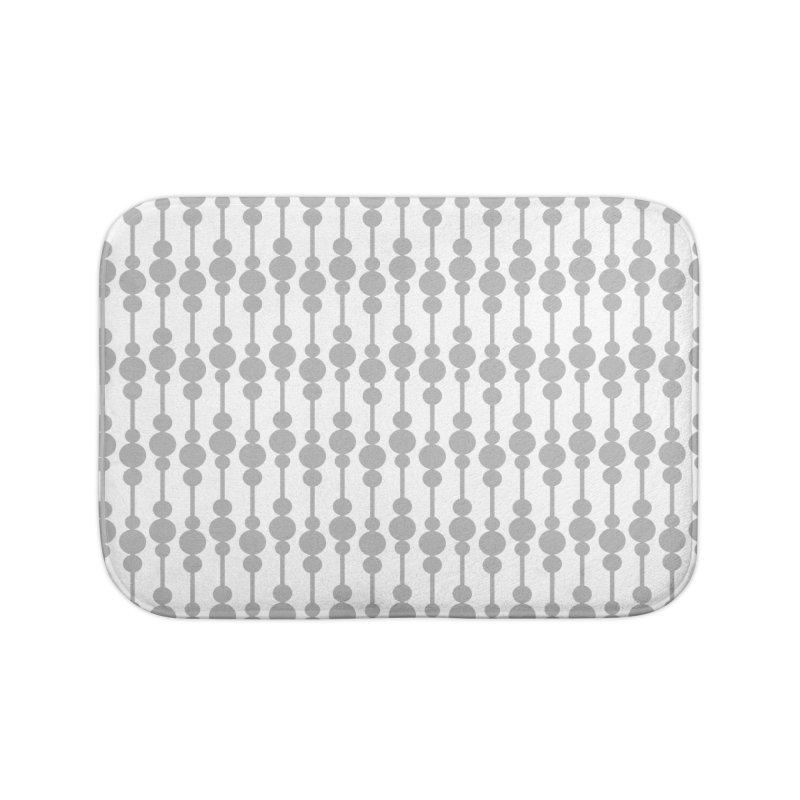 Perle (Gray/White) Home Bath Mat by trebam