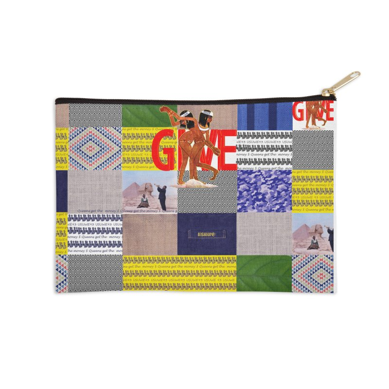 Queens Get the money Accessories Zip Pouch by USUWE by Pugs Atomz