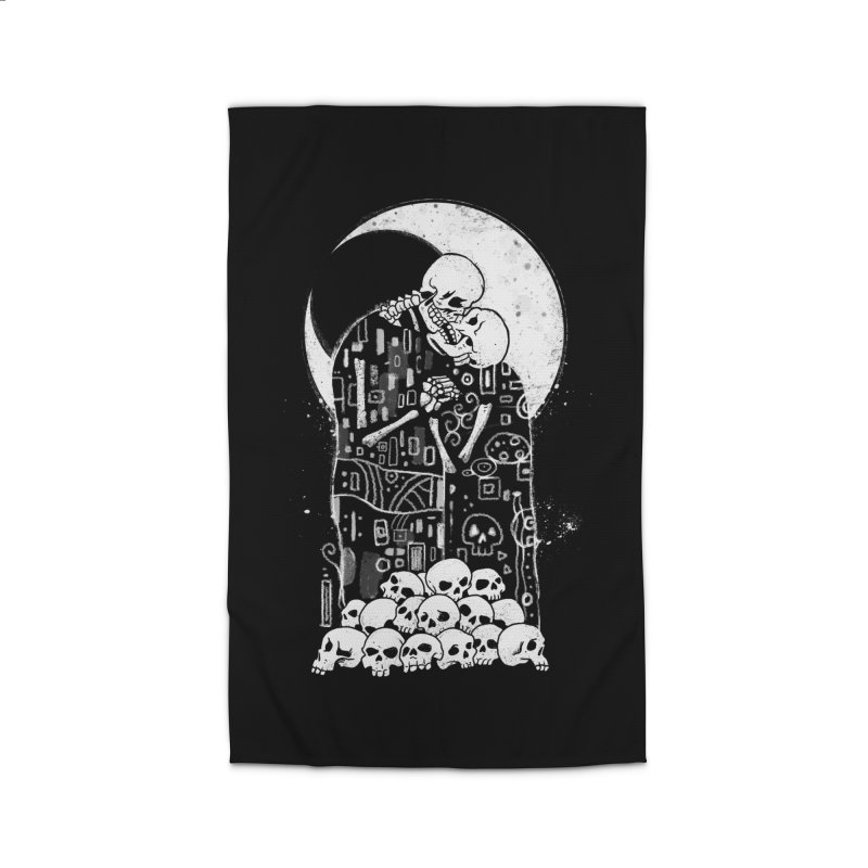 The Kiss of Death Home Rug by vincenttrinidad's Artist Shop
