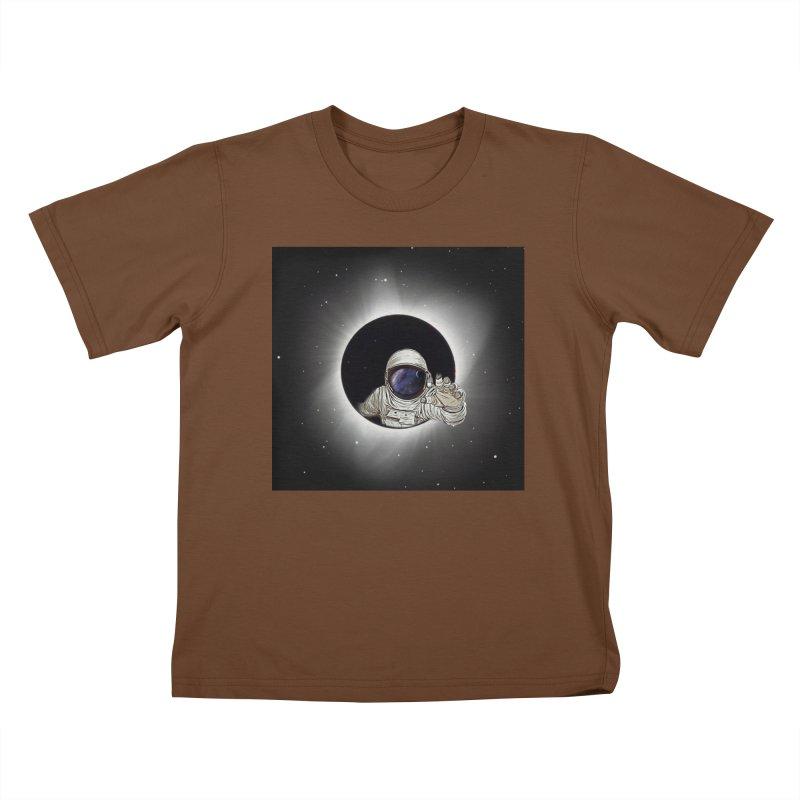 Astronaut  Eclipse Kids T-Shirt by Vin Zzep's Artist Shop