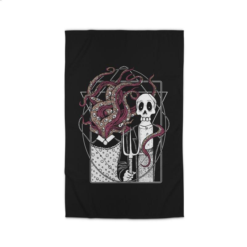 R'yleh Gothic - a tribute to Ameriacan Gothic Home Rug by von Kowen's Shop