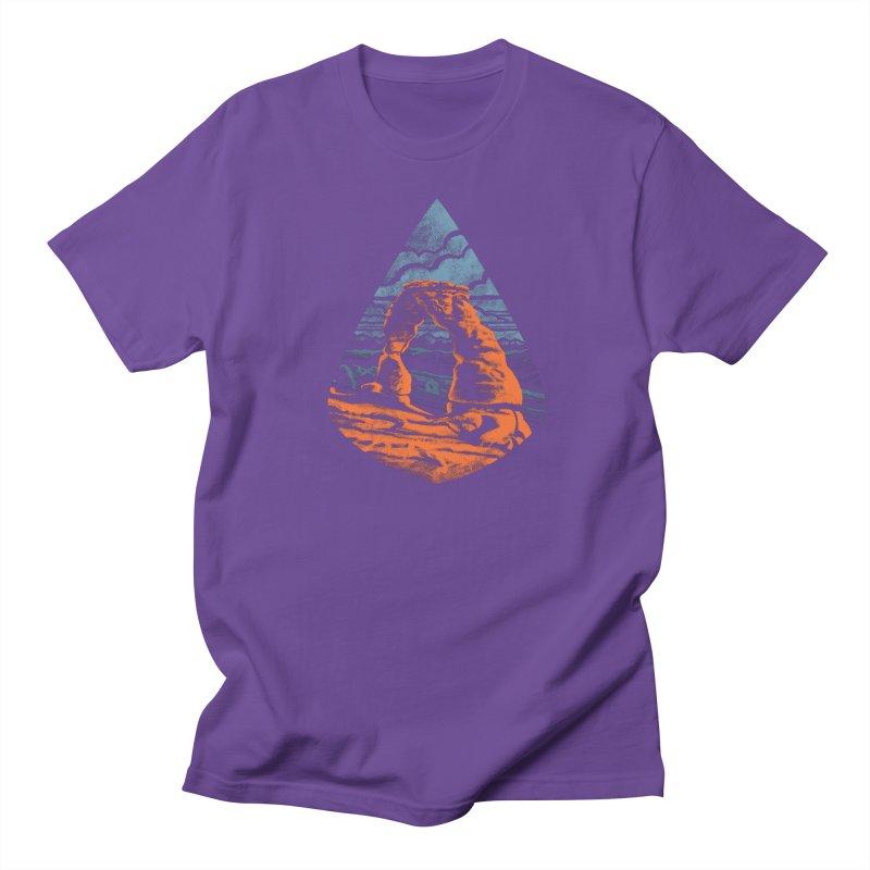 Delicate Arch Men's T-Shirt by Waynem