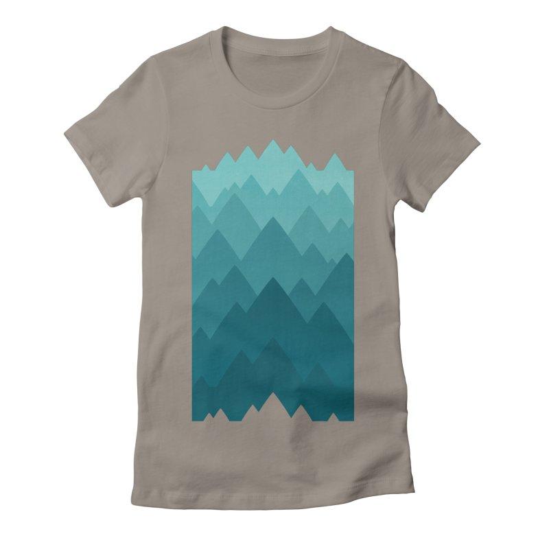 Mountain Vista: Green Women's Fitted T-Shirt by Waynem