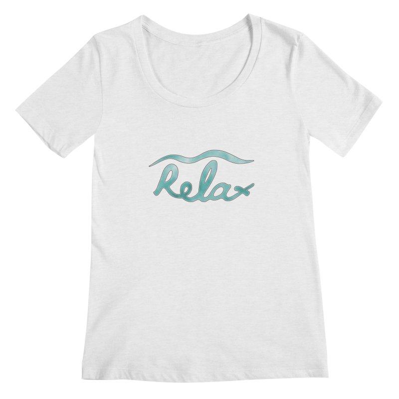 Relax Women's Regular Scoop Neck by Half Moon Giraffe