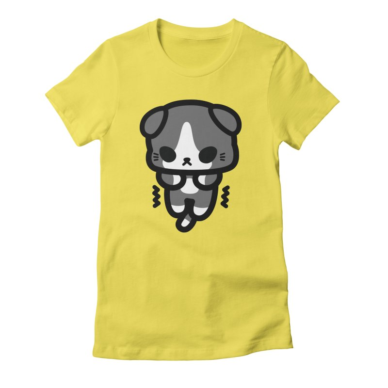 scaredy scaredy grey white kitty Women's Fitted T-Shirt by Ziqi - Monster Little