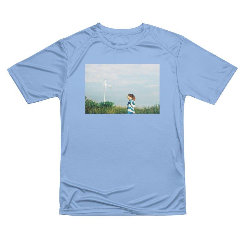 Friend at Riis Beach Women's T-Shirt by zoegleitsman's Artist Shop
