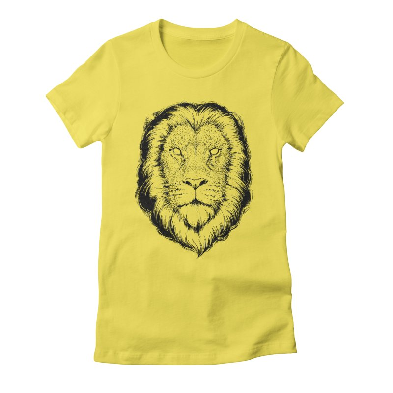 Löwe Women's Fitted T-Shirt by Andrej Zwetzig