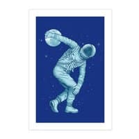 Astronaut Discus Throwing - small view